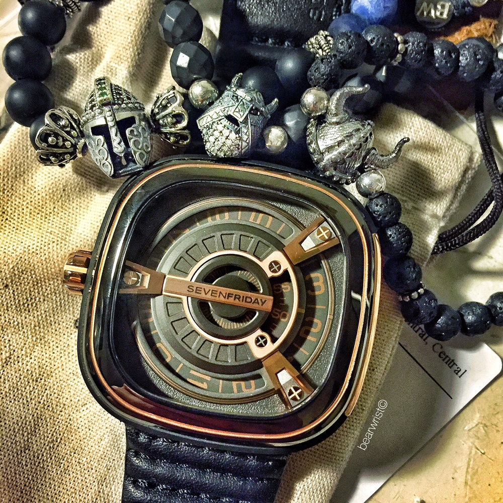 Bearwrist_Project_Heroes_Bracelet_MixedSample02.JPG