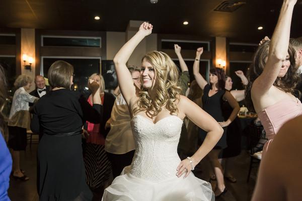 600x600_1441040282195-wedding627.jpg
