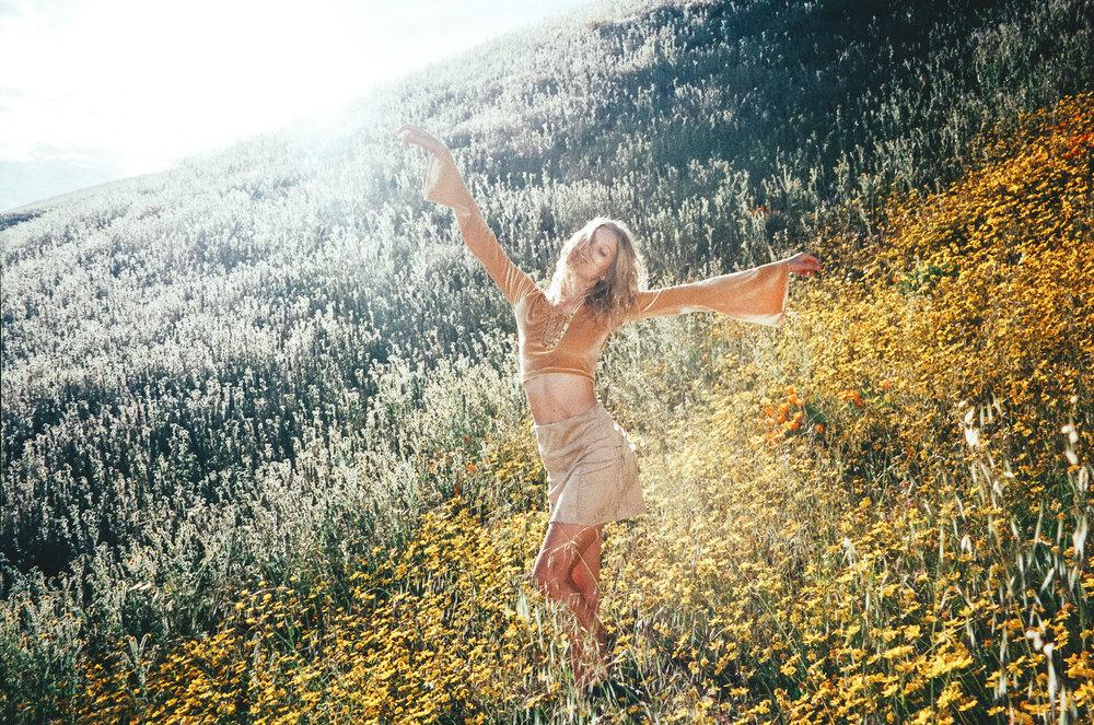 Jen_Senn_River_wildflowers_-11.jpg