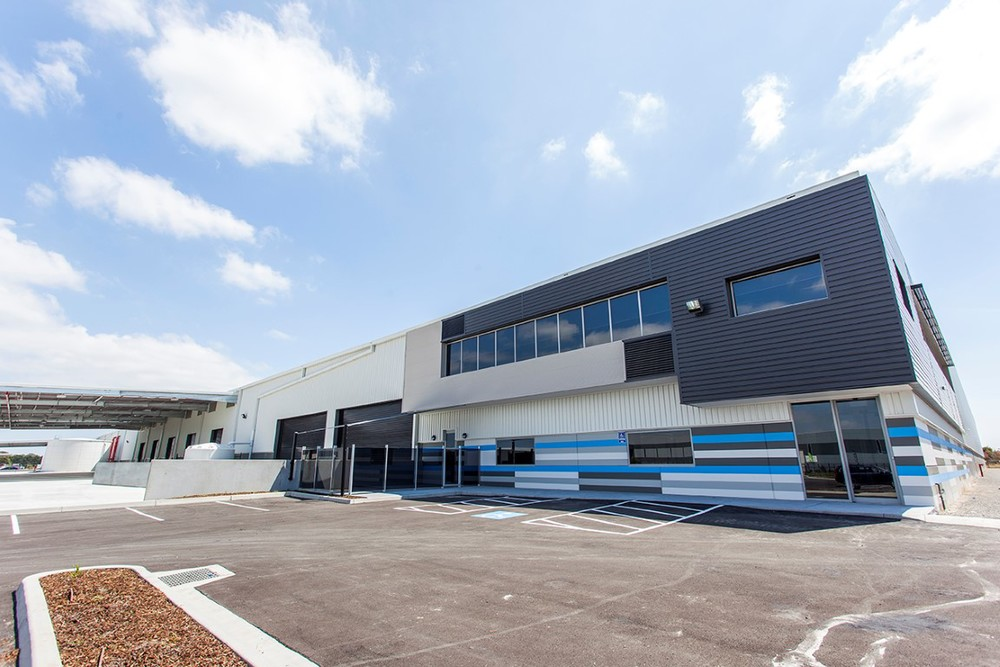 BIC & Chrisco Logistics Warehouse  Keysborough, VIC  33,000m2 Client: Australand