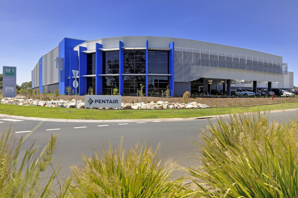 Pentair Warehouse & Office  Dandenong South, VIC  7,000m2 Client: Pellicano Builders