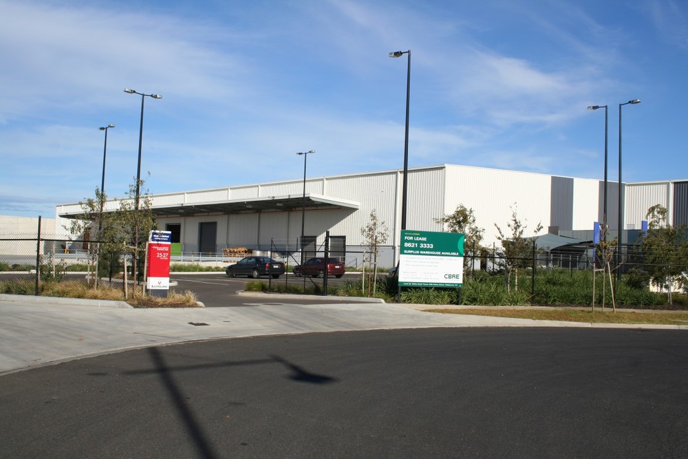 Boeing Warehouse & Office  Melbourne Airport, VIC  16,000m2 Client: Australand