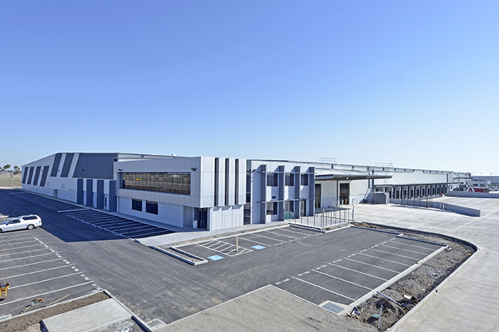 Goodyear Warehouse & Distribution Centre  Derrimut, VIC  32,500m2   Client: Australand