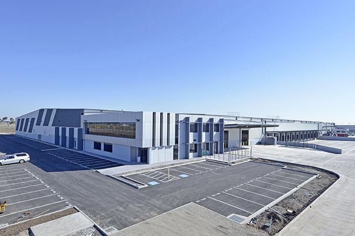 Goodyear Warehouse & Distribution Centre  Derrimut, VIC  32,500m2   Client: Australand