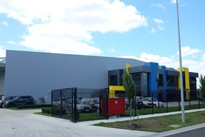 Warehouse & Office  Dandenong South, VIC  12,000m2 Client: Cojo Group