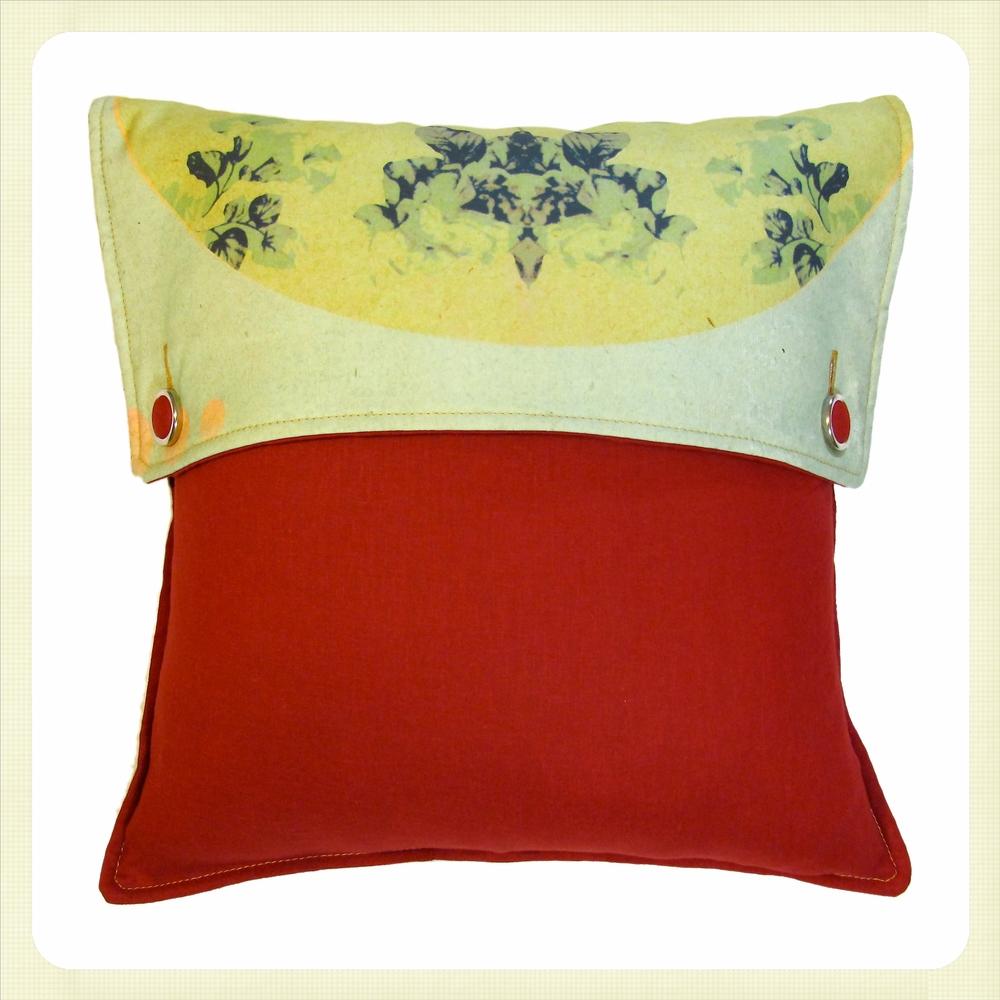Cushion#06.jpg