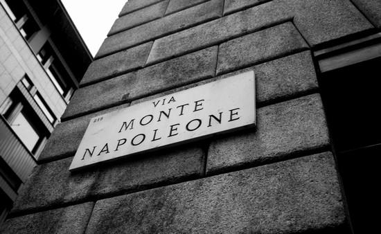 milano_via_monte_napoleone.jpg