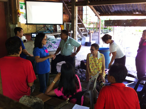 Patis Tesoro and Phil FIDA at the  Farmer's Field School on Cotton Production