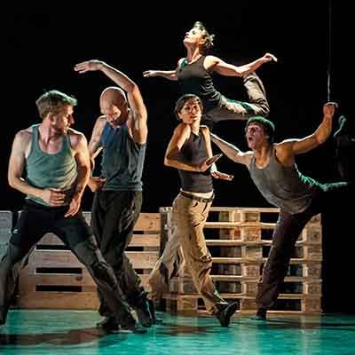 Huikea tanssivierailu Tšekinmaalta! Huippukoreografien palkitut teokset henkeäsalpaavan taitavien tanssijoiden tulkitsemana. Lue lisää >>