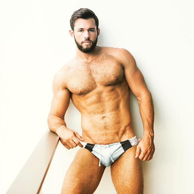 @william_allan_model just posted this hot shot I did for him!  I forgot I took it!! #hunk #hotmen #hotmensbody #handsome #beautiful #abs #pecs #boys #fitguys #hairy #hairybeard #beard