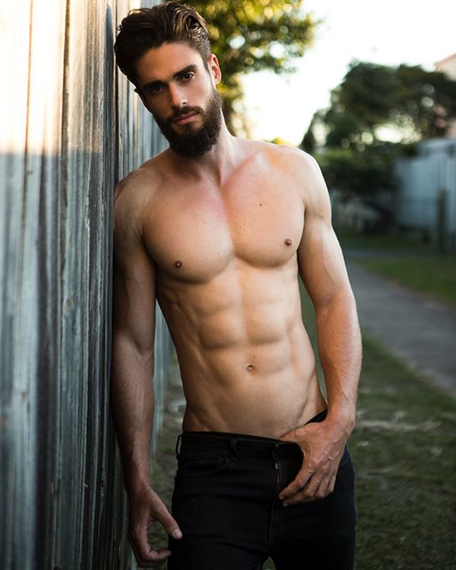 The very stunning and very tall Liam!  Do we want to see more ? #modeloftheday #beautiful #lumbersexual #chest #pecs #abs #beard #hairy #fit #lean #fitnessmotivation