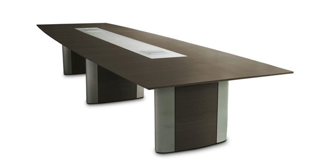 Conference tables ranging from wood veneers to laminates with design and technology details that respond and evolve to meet needs today & tomorrow. From simple to high tech tables, SIMO has a table that's sure to fit your space.