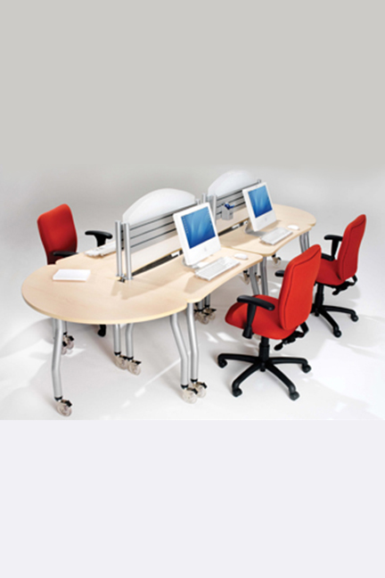 Linked-in. Go tables can be linked together with easy to use linking mechanisms to create clusters of workstations.