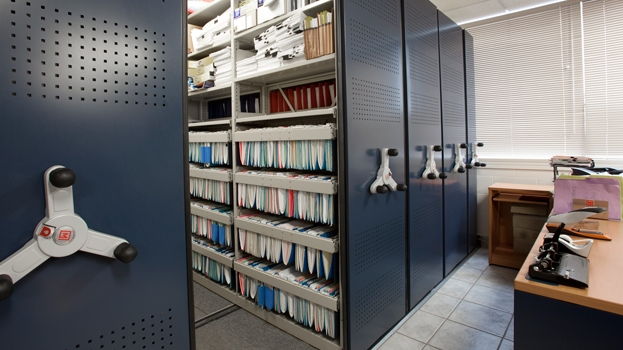 Accounting_Mobile_Shelving_Storage_04.jpg