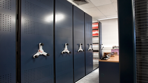 Accounting_Mobile_Shelving_Storage_06.jpg