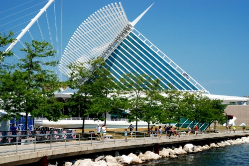 The Milwaukee Art Museum is very cool inside and out.