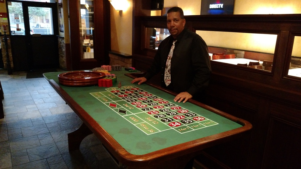 Roulette Table w. dealer.jpg