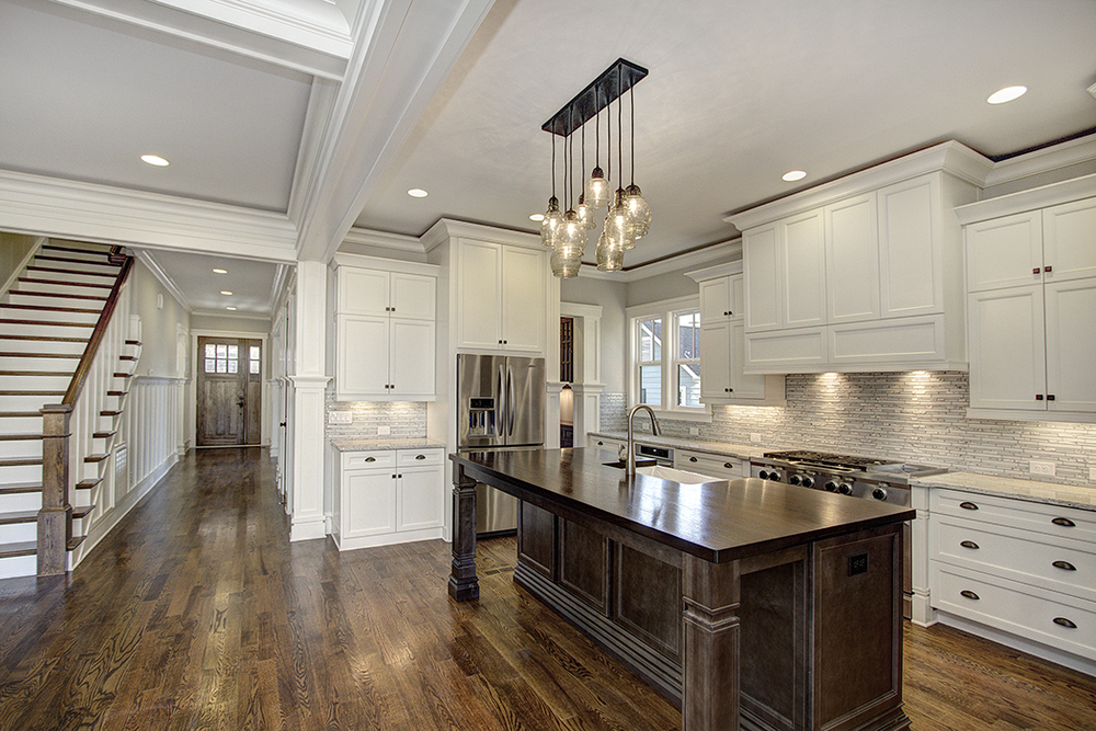 A chef 39 s delight carolina craftsman builders for Kitchen design 4 5