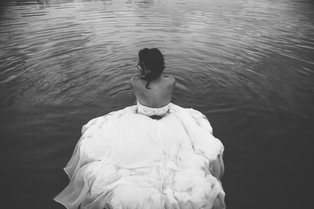 Sonja_Wreck_the_Dress-196.jpg