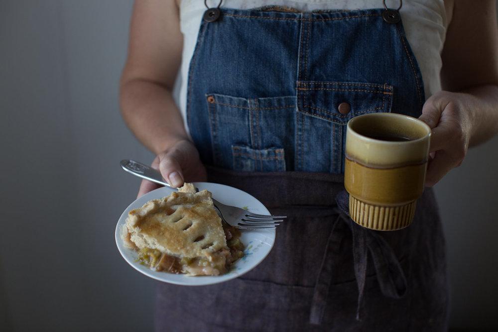 Katie cooks a pie, Bridgewater VA