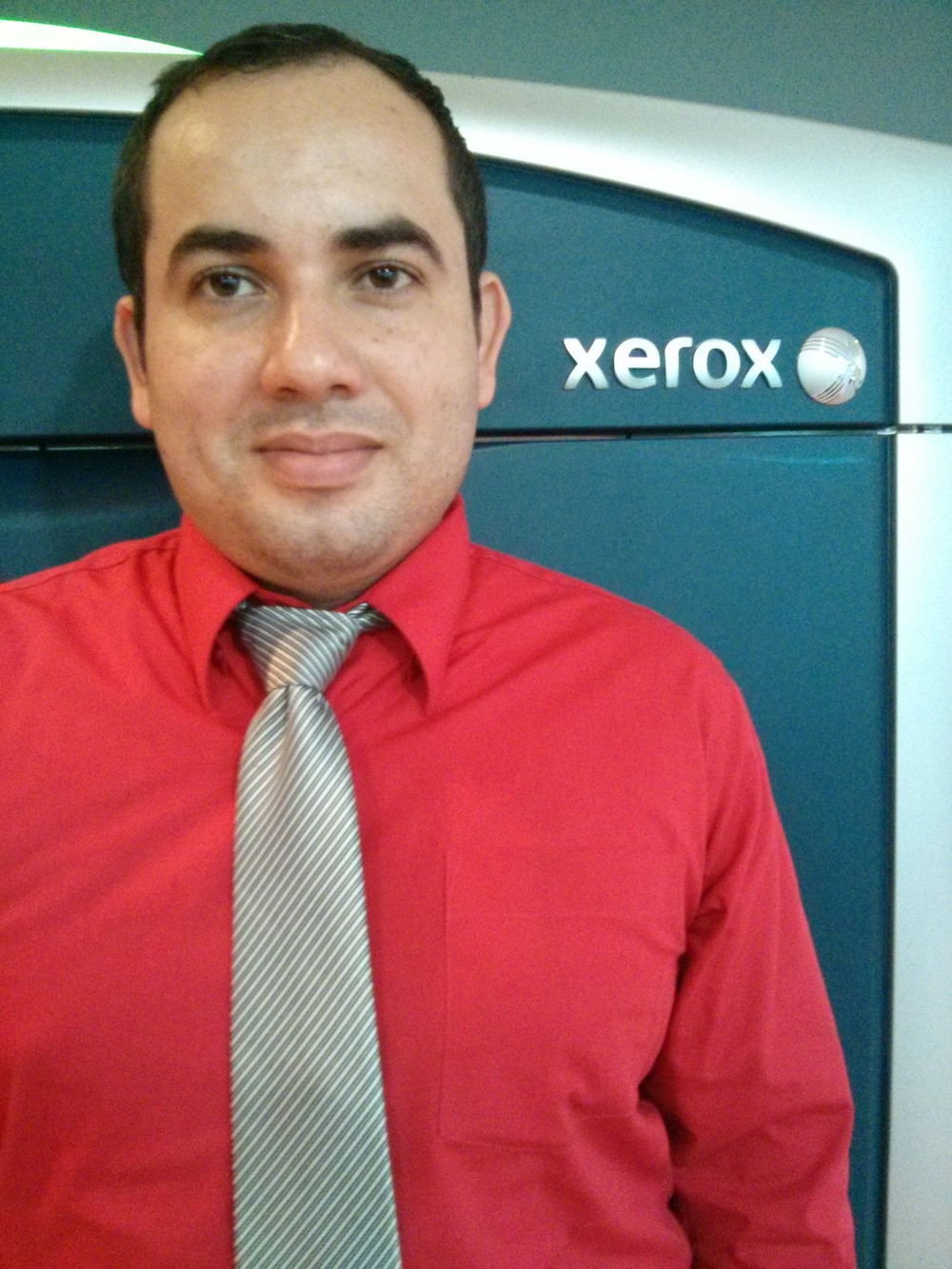Expositor: Esteban Corrales, Especialista de producto Xerox
