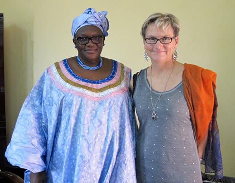 Avec Mme Ada Coulibay, directrice du DRS, Direction Regionale de la Santé. Comme elle a dit elle meme, on est dans le meme bateau, we're in the same boat! Luttons pour la bonne santé des Maliens et Maliennes!