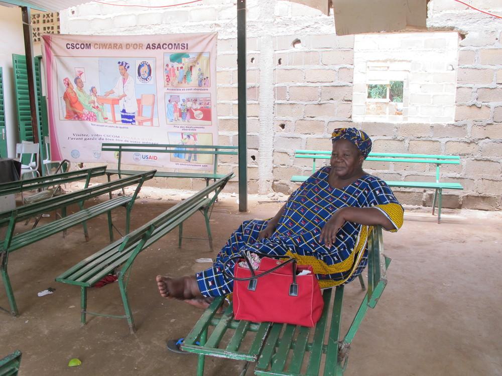 Mme Aminata, intake nurse
