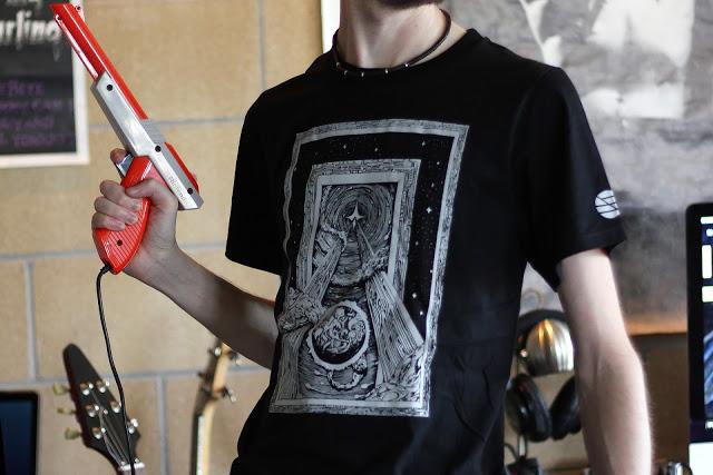 thegate_shirt_01.jpg