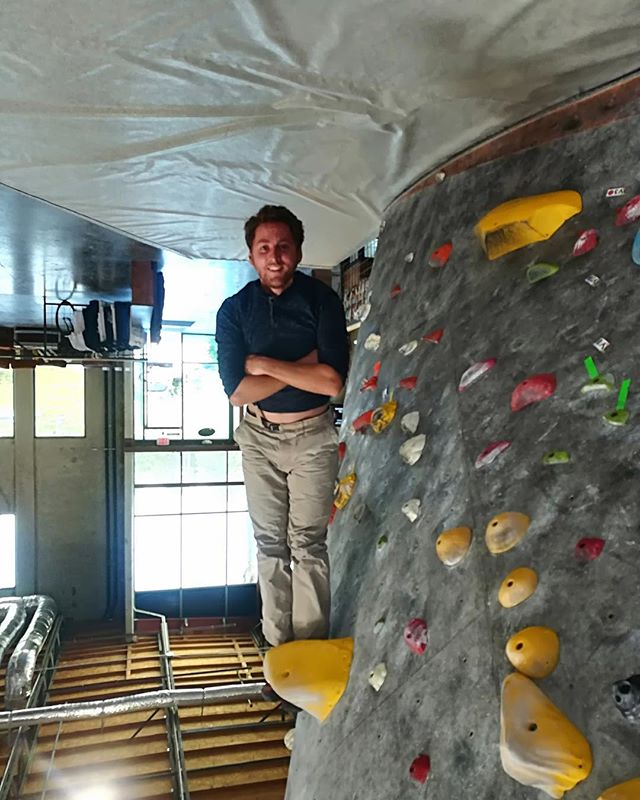 Is this rock climbing? Come give this classic a go before it comes down next week! And best of luck in your ventures in France Jacques :)