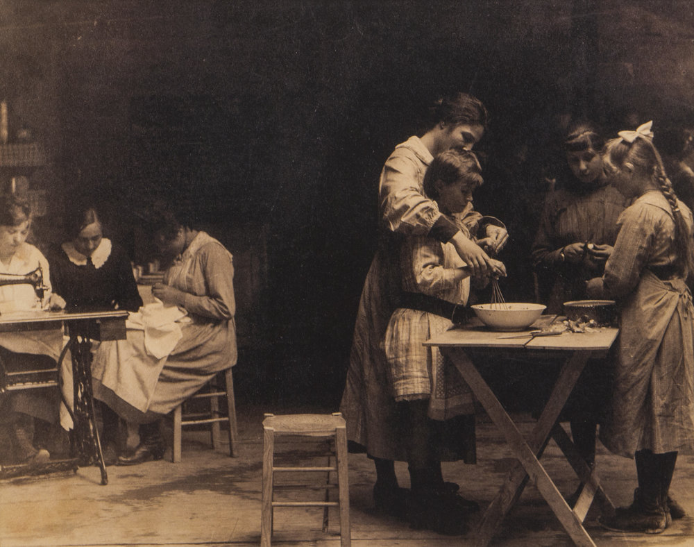 Instruction in domestic science Vic-sur-Aisne, 1919 Franco-American Museum, Château de Blérancourt