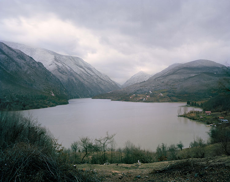 Lake Perućac - Mass Grave