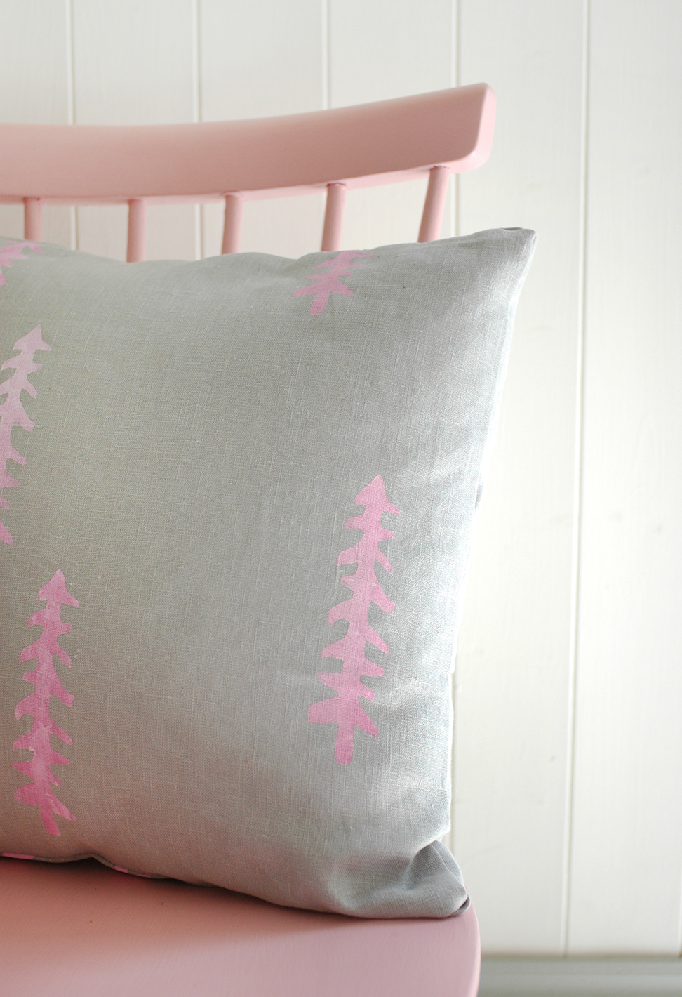 paintedcushion_blog09.jpg