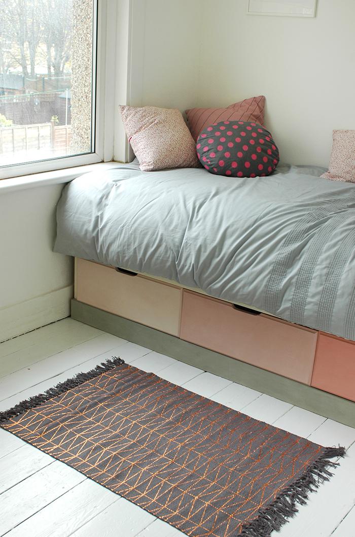 Quick Bedroom Makeover Cloverdesain