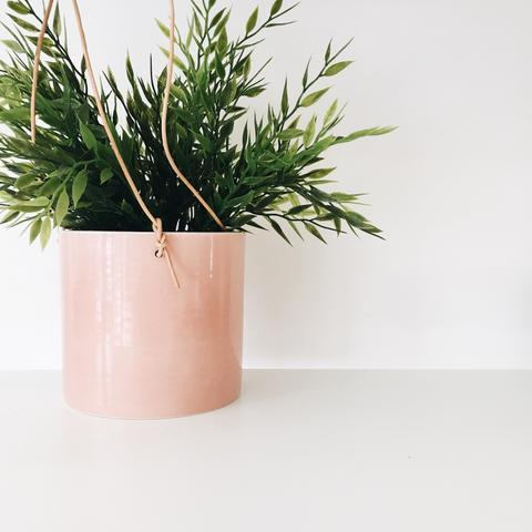 Coral hanging pot - Trouva - £38 (9 x 8 cm)