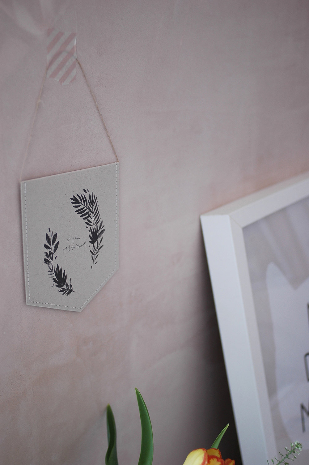 Mini wall hanging : Kate Housley