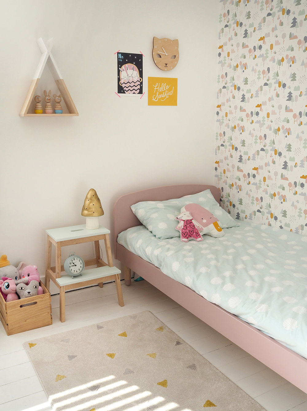 My daughter's bedroom makeover