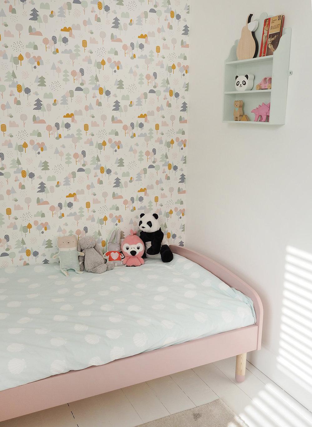 little girl's bedroom makeover