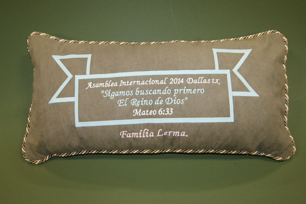 Personalized Deco Glowing pillow.