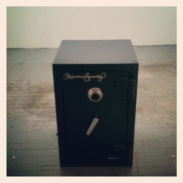 The last thing to be moved from my west Soho studio was the 400 pound safe (Taken with  Instagram )