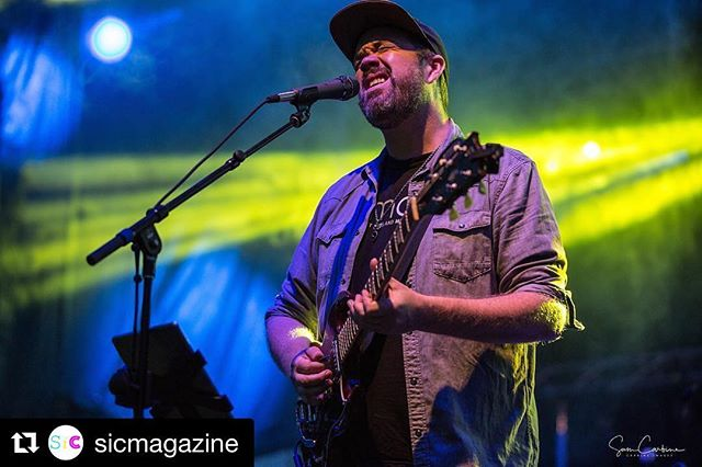 Repost @sicmagazine ・・・ @erickrasno is tearing up the main stage @deeprootsmountainrevival 📸 @scarbine