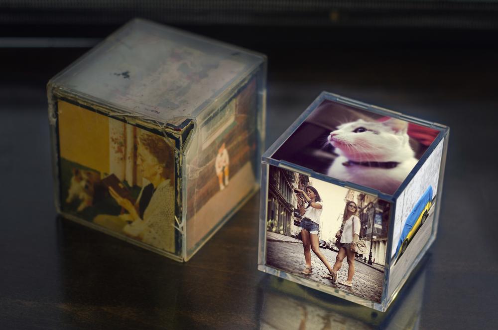 Classic 70's Acrylic Photo Cube +Cubee