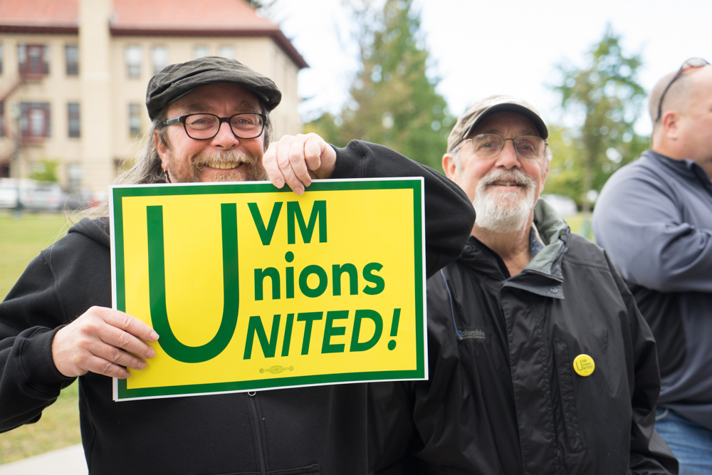 CCTA driver Jim Fouts showing solidarity with UVMers.jpg