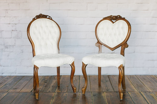 sweetheart chairs — savannah vintage and antique furniture rentals