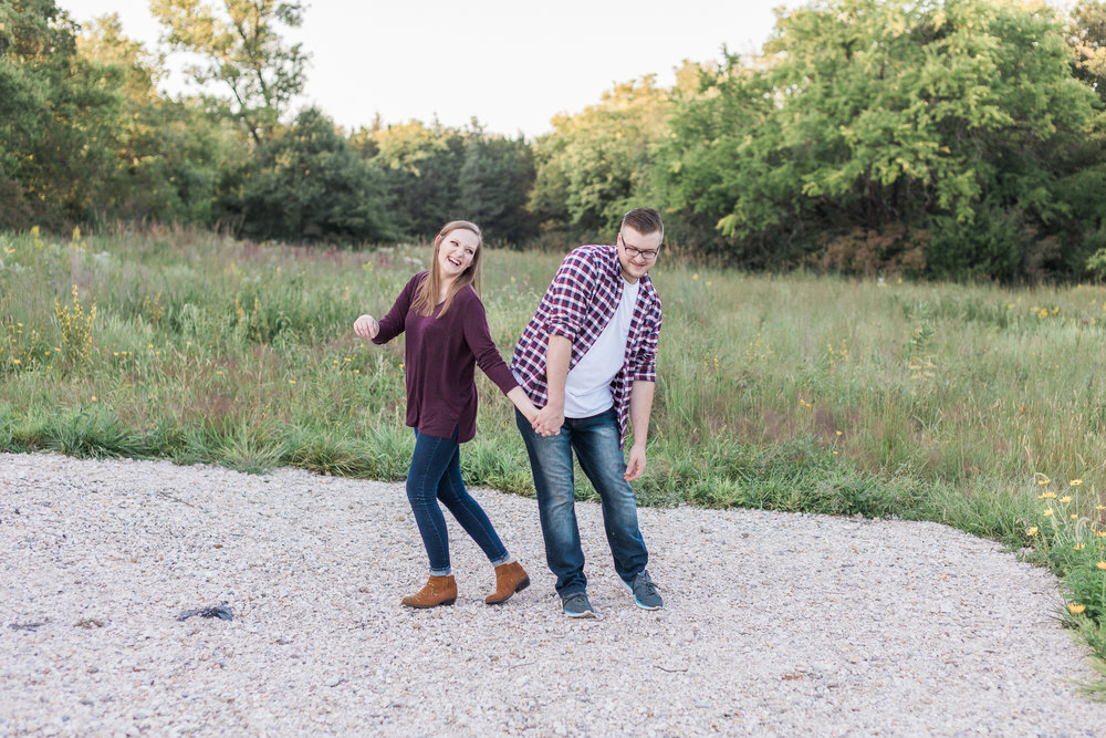 Kansas City Engagement Photos-18 copy.jpg