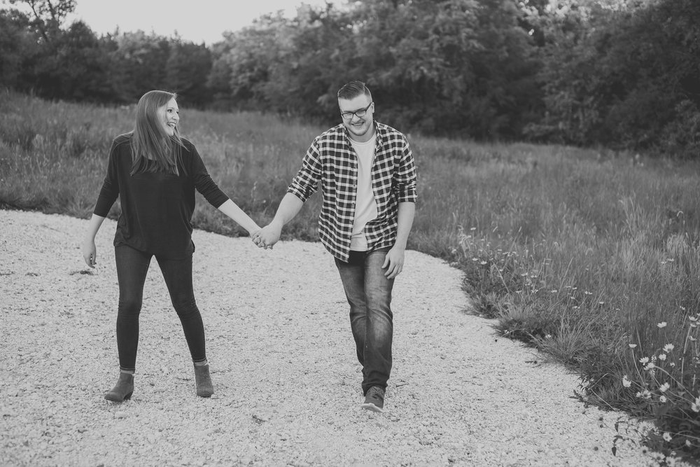 Kansas City Engagement Photos-20-2 copy.jpg