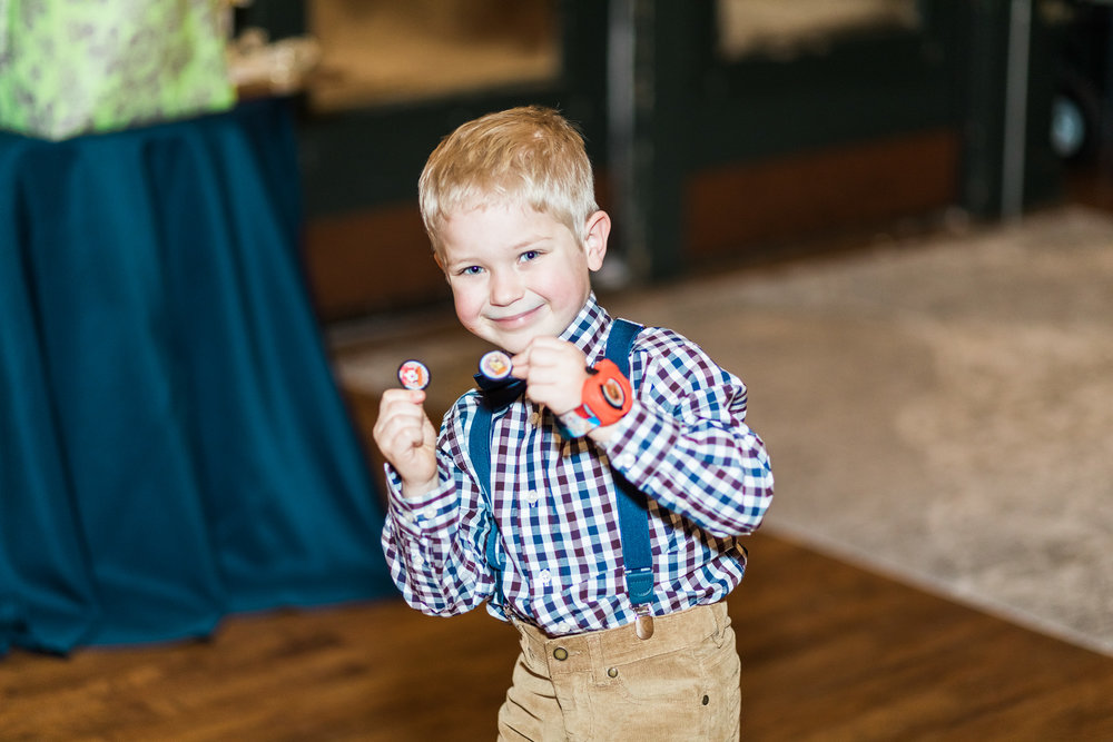 Kansas City wedding photographer reception kid photo