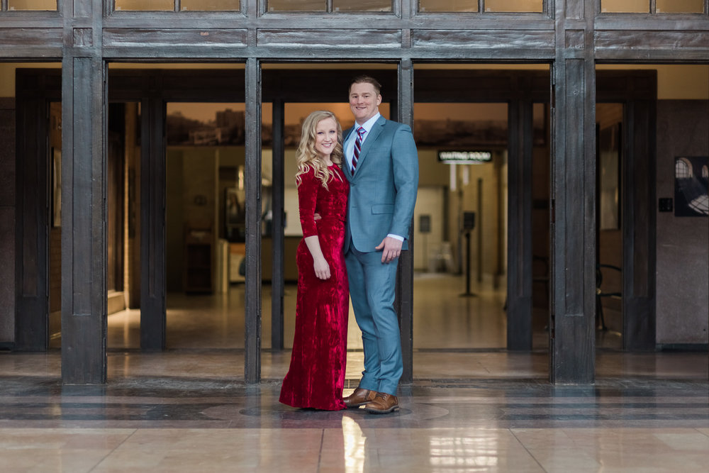 Kansas City Engagement Photos Union Station__P3A7286-1_.jpg