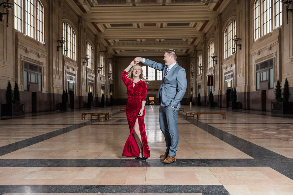 Kansas City Engagement Photos Union Station__P3A7355-7_.jpg