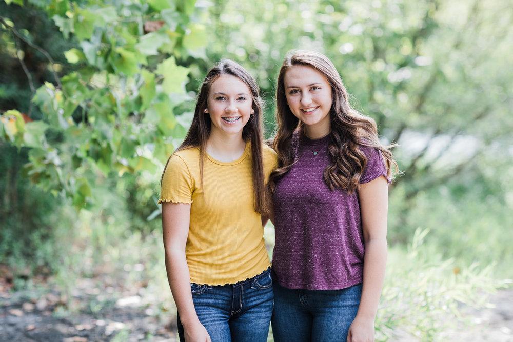 Bentonville High School Sisters Photographer