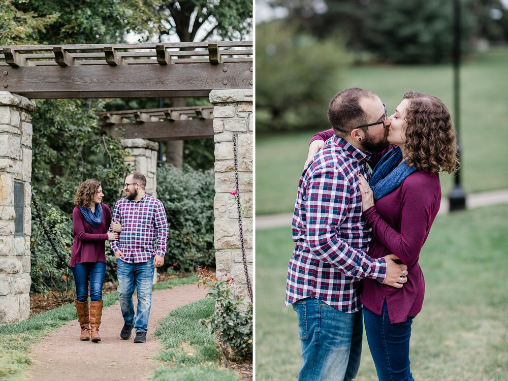 Loose Park Engagement Photos 1.jpg